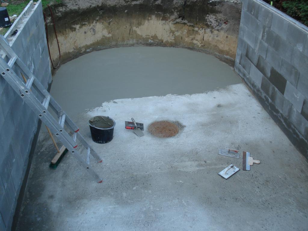 Bau eines ovalpool 7 00x3 50x1 50 im m nsterland seite 20 for Stahlwandpool boden